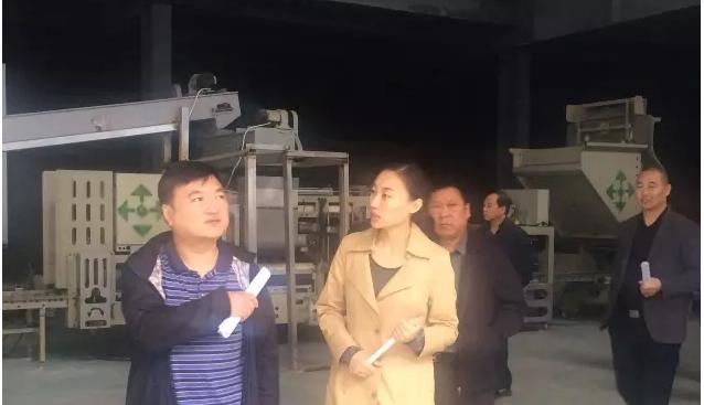 河南:省农业处刘晓光处长到世纪香食用菌基地考察调研