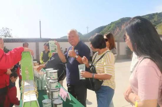 河南:马来西亚旅游团参观灵宝昌盛食用