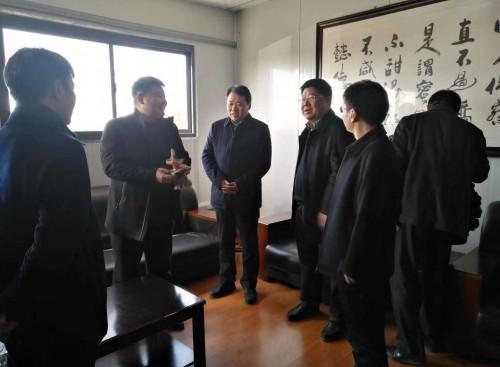江苏:徐州市农委党组书记到陕西新生源观摩考察