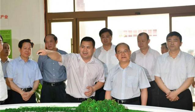 广西:壮族自治区党委书记鹿心社一行参观龙州北部限公司